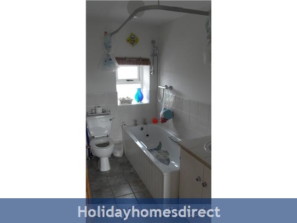 Moran's Lodge: Bathroom 2