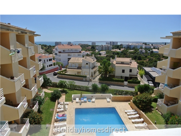 Home From Home - 3-bed Duplex (sleeps 7) Near Alvor & Beach (with Airconditioning): Pool