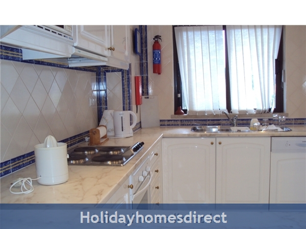 2 Bed Apartment:  Alto Golf And Country Club: Image 10