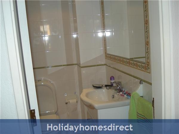 Mar Bel Sol, 2 Bedroomed Apartment, Vilamoura.  Licence No:14983/al: Image 6