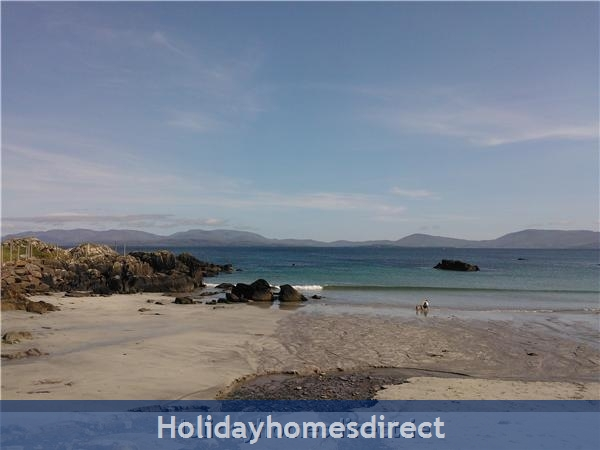 Catherdaniel Charming Holiday Cottage: View of Rath beach-3 minute walk from cottage