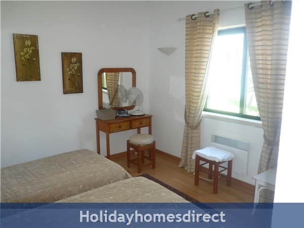 ***** Alto 42 D At Country Club Alvor: bedroom 2