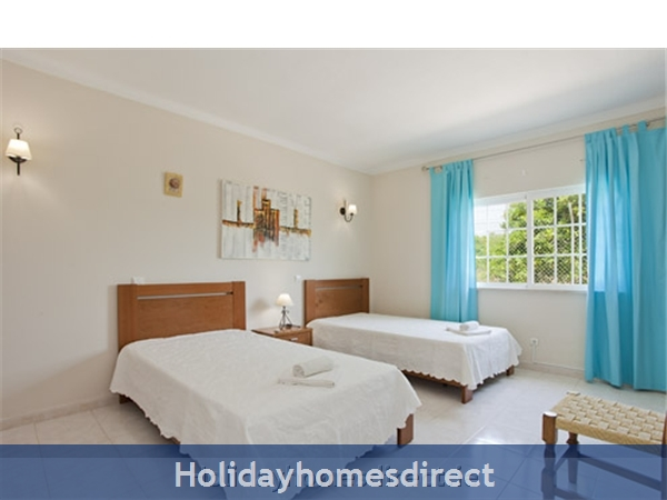 Villa Do Vale spare bedroom in Portugal