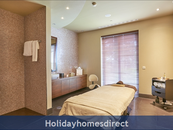Cascade Resort Lagos - 1/2 Bedroom Apartments - 5 Star Family Resort: SPA