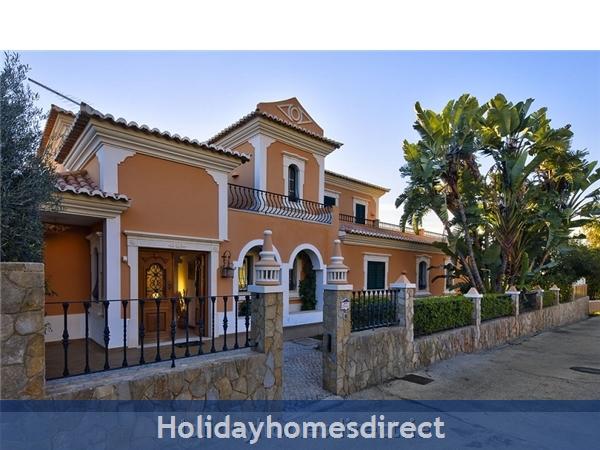 Villa Silve Almancil Villa With Private Pool: Villa entrance