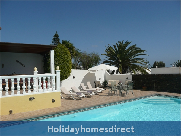 Casa Cielo With Private Pool, Puerto Del Carmen, Lanzarote: Sunbathing terrace