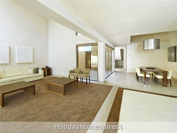 Vidamar Resort Salgados Albufeira - 2 And 3 Bedroom Villas With Pools - 5 Star Family Resort: Entrance