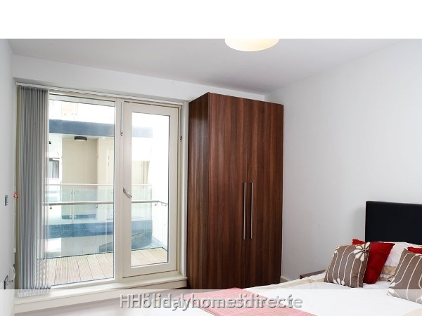 Apt 4 Pavillion View: Bedroom