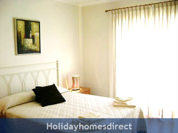 Parque Da Corcovada Ground Floor,luxury 2 Bedroom Poolside Apartment, Algarve: Image 6