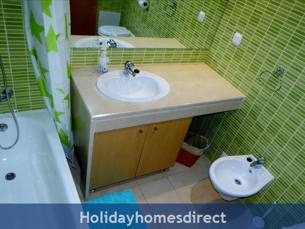 Parque Da Corcovada Ground Floor,luxury 2 Bedroom Poolside Apartment, Algarve: Bathroom2