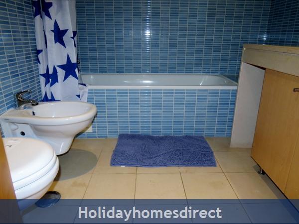 Parque Da Corcovada Ground Floor,luxury 2 Bedroom Poolside Apartment, Algarve: Bathroom