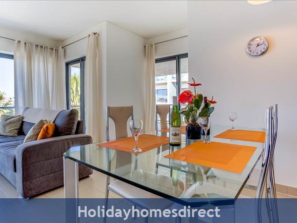 Cavalo Preto Beach, Beautiful 2 Bedroom, Wifi, Airconditioned Apartment Superb Sea & Pool Views (301) Fonte Santa Nr Quarteira, Vilamoura (113/12 Al): Image 2
