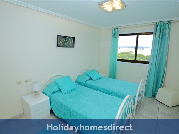 Falesia Beach, Delightful 2 Bedroom Apartment (9g) In The Exclusive Pine Sun Park Complex Nr The Beach& Nr Restaurants & Bars & Shops. (al/15821): Image 7