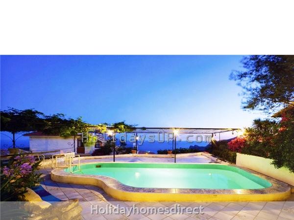 Swimming pool at villa sorrentoholiday rentals