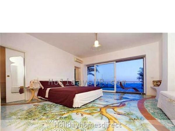 Bedroom at villa carlotta holiday lettings rentals