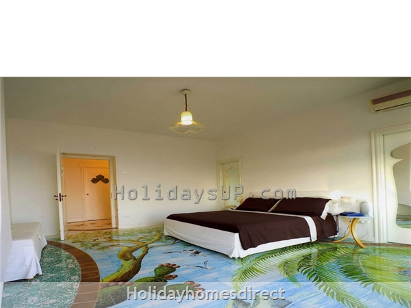 Villa Carlotta With Private Pool Sorrento Coast: Bedroom villa amalfi coast accommodation holidayup