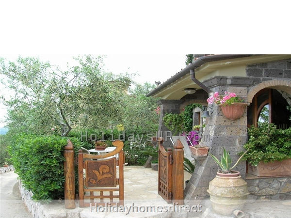 Amazing Villa Esp With Private Pool And Ocean View In Amalfi Coast: Entrance villa in sant'agata sui due golfi homeway