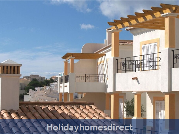The Salema Beach Village. Stunning 2 And 3 Bedroom Townhouses.: Image 3