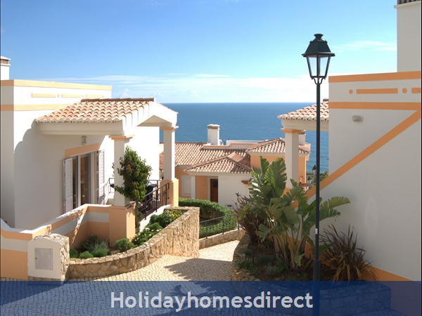 The Salema Beach Village. Stunning 2 And 3 Bedroom Townhouses.: Image 2