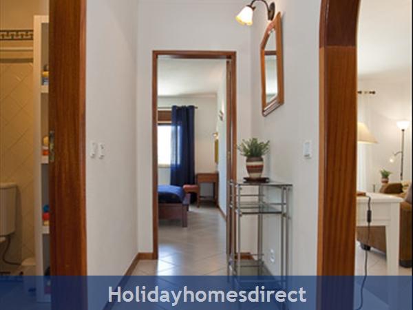 Apartment Aurora Mar, Carvoeiro, Algarve, Portugal: hall