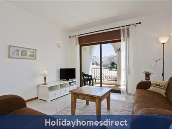 Apartment Aurora Mar, Carvoeiro, Algarve, Portugal: lounge