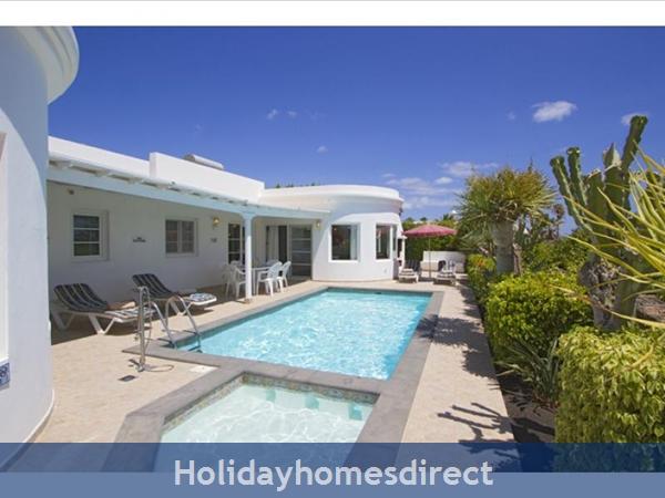 Villa Marqeusa With Private Pool, Puerto Del Carmen, Lanzarote