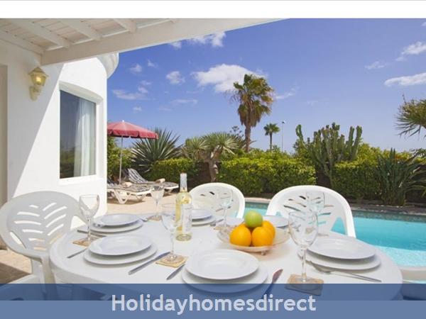 Villa Marqeusa With Private Pool, Puerto Del Carmen, Lanzarote: Image 3