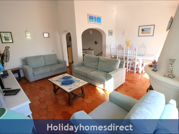 Casa Maresol .. Praia Da Luz. 3 Minutes Walk To The Blue Flag Beach !: Casa Maresol .. Praia da Luz. 3 minutes walk to th