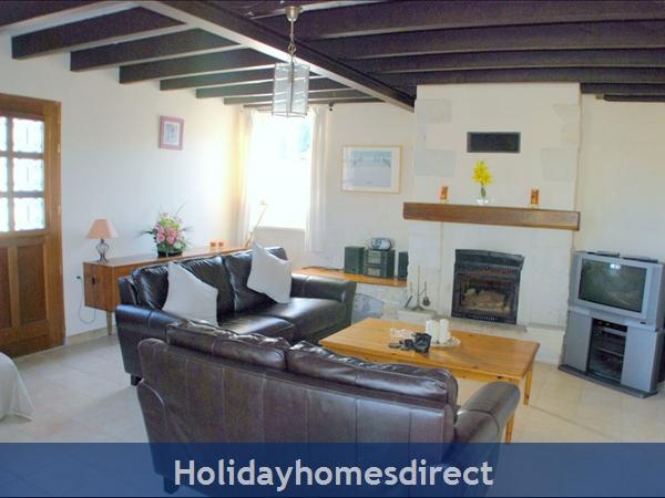 La Chouette- Bel Air Gites: living room
