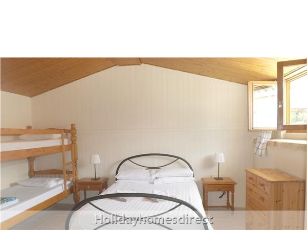 Les Chenes 1 - Bel Air Gites: Family room