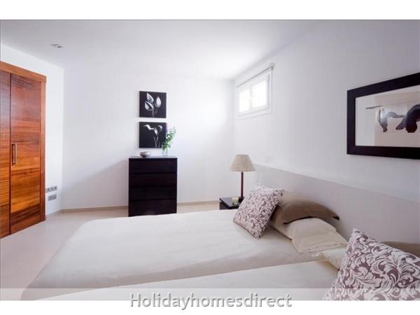 Villa Leyna spare bedroom  in Lanzarote