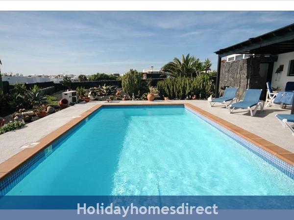 Villa Leona (200843), Playa Blanca, Lanzarote: Image 2