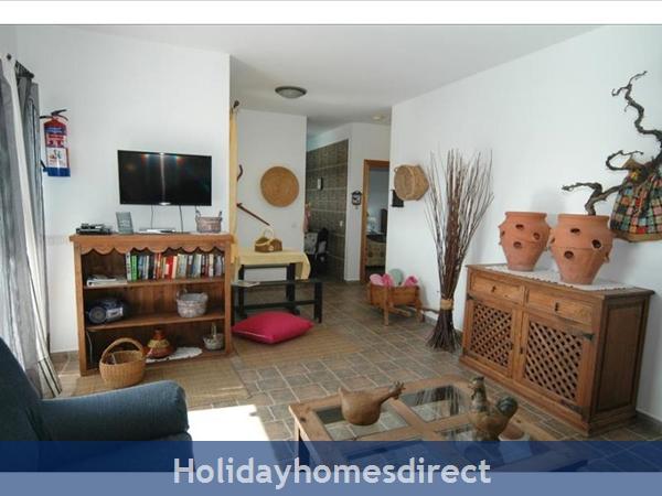 Villa Leona (200843), Playa Blanca, Lanzarote: Image 9