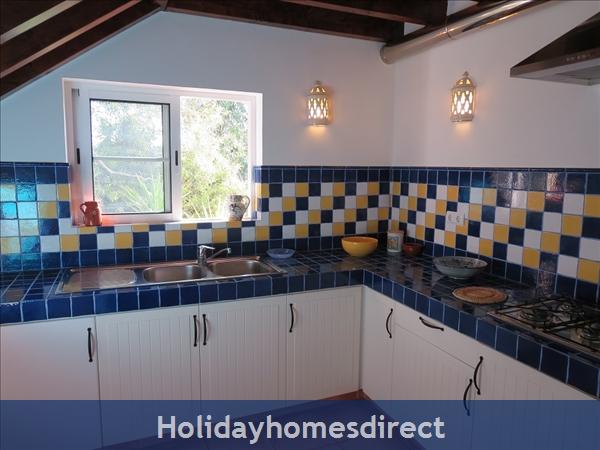 Casa Jasmina: 5. Well-equipped kitchen