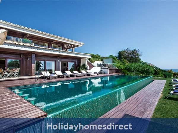 Villa Agua With Private Pool, Olhos De Agua, Albufeira: Image 2