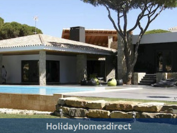 Villa Pinhal Velho, Luxury Villa With Private Pool, Vilamoura
