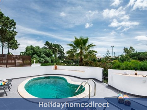 Villa Lilly, 3 Bedroom Private Villa/ Townhouse With Pool, Vale Do Lobo: Image 4
