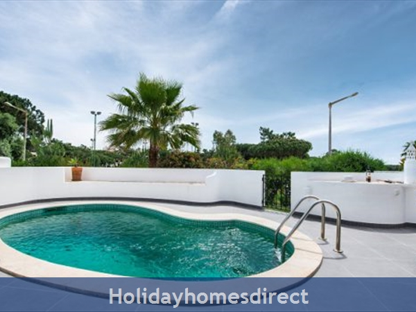 Villa Lilly, 3 Bedroom Private Villa/ Townhouse With Pool, Vale Do Lobo: Image 2