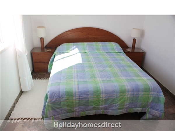 Double bedroom on 1st floor with 5' bed