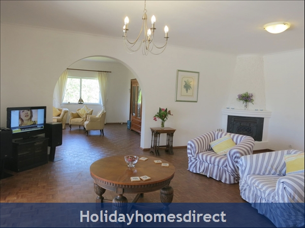 Villa Monte Palmeiras, Alvor, Western Algarve: Comfortable lounge area with TV, HiFi etc
