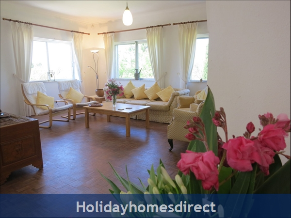 Villa Monte Palmeiras, Alvor, Western Algarve: 2nd lounge with comfortable sitting area