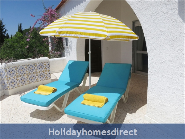 Villa Monte Palmeiras, Alvor, Western Algarve: Private balcony for relaxing and enjoying the sun