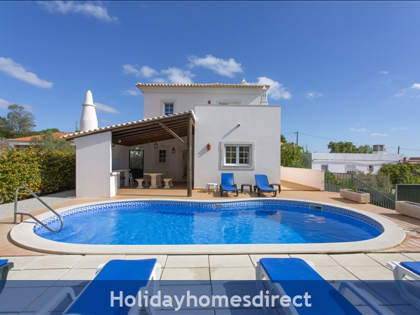 Villa Parasio, Albufeira With Private Pool: Image 2