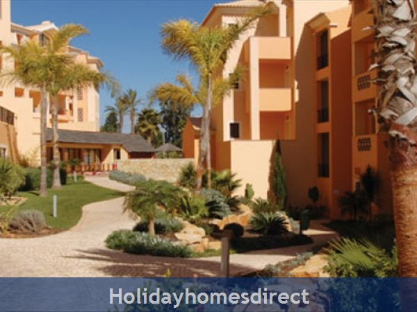 Estrela Da Luz Resort, 1/2/3 Bedroom Apartments, Praia Da Luz: Image 5