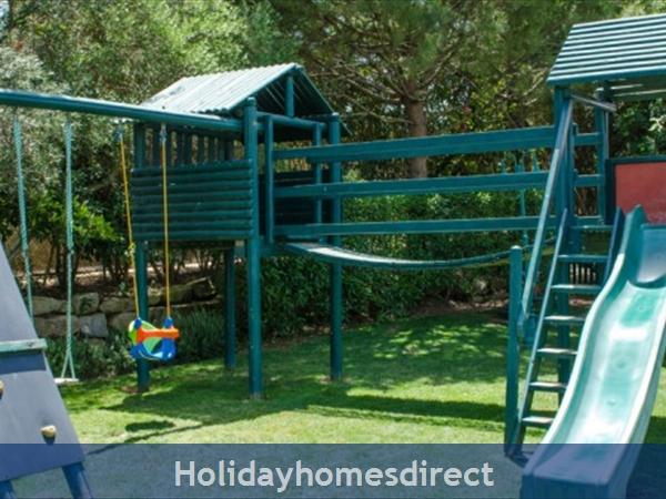 Jardim Da Meia Praia Resort Outdoor Play area