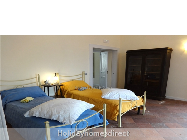 Villa Dimora Emilia - Historic '700  Apartments In Amalfi Coast: Twin bedroom (double on demand) in apartment one