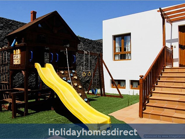 Villa Concha (261708) With Private Pool, Playa Blanca - Sleeps 10: Image 3