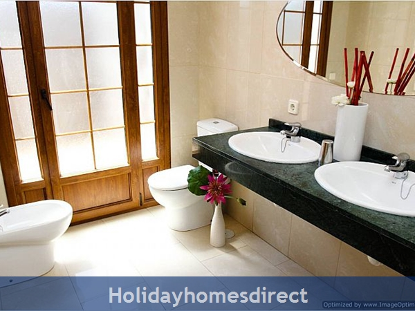Villa Concha (261708) With Private Pool, Playa Blanca - Sleeps 10: Image 10
