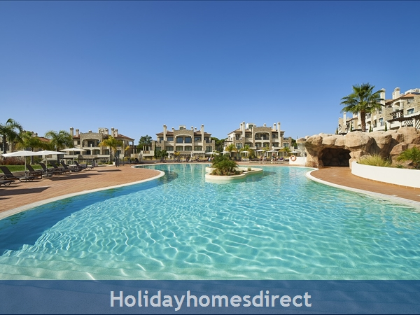 Pine Hills, Vilamoura. Stunning 2 Bedroom Apartments: Image 2