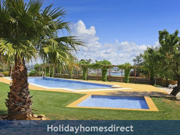 Apartment Vila Arade, Top Floor, Sleeps 4, Sea View: large illuminated swimming pool with child section